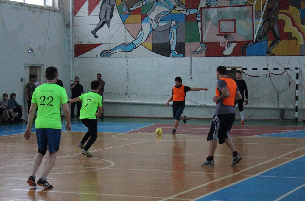Зимний турнир по мини-футболу среди мусульманских команд состоялся в Сарапуле